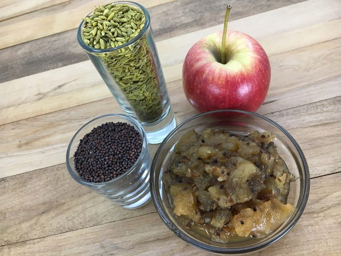 chutney with apple and fennel